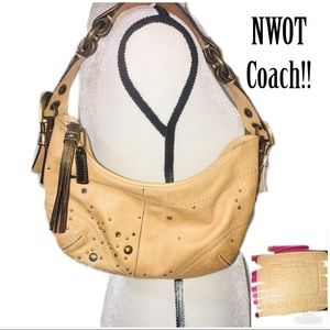 ‼️NWOT COACH Boho Tan Vanchetta Leather Hobo Bag‼️